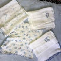 4 fraldas Anjos Baby. -  - Anjos baby