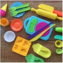 Kit Forminhas Para Massinha de Modelar Play Doh -  - Hasbro