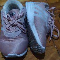 Tênis rosa e branco Host - 32 - Outros