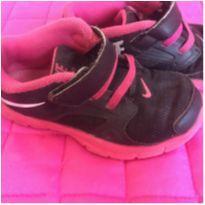 Tênis Nike rosa - 24 - Nike