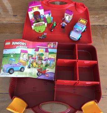 Lego Juniors- Malinha da Fazenda da Mia - Sem faixa etaria - Lego