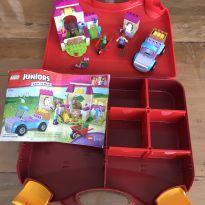 Lego Juniors- Malinha da Fazenda da Mia -  - Lego