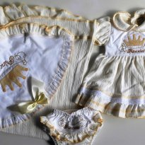 0db518ad2 COISINHAS DE BEBE PE Saída de Maternidade Pricesa Marca  Não informada    Recém Nascido   R  75