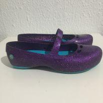 Sapatilha crocs - 30 - Crocs
