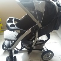 Carrinho de Bebê Quatro Tour- Graco -  - Graco
