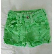 Short verde Zara - 2 anos - Zara