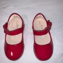 Sapato vermelho de verniz - 19 - Bibi
