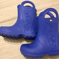 Botinha azul marinho Crocs - 29 - Crocs