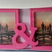 NOVO  - Porta Retrato 2 fotos Rosa!! - Sem faixa etaria - Importado