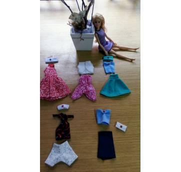 NOVO - 05 Looks Exclusivos para a BARBIE! - Sem faixa etaria - Barbie