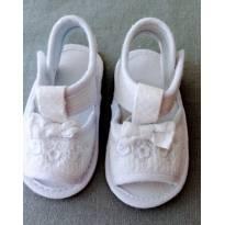 Sandália em tecido branca tam 14 PIMPOLHOcombina com tudo! - 14 - Pimpolho