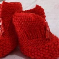 Sapatinhos em Crochê Vermelho tam 13 novinhos!