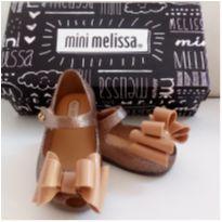Mini Melissa Ultragirl Sweet Tam 17 DouradoNova!! - 17 - Melissa