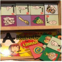 Jogos de inclusão - Dominó Alfabetização em libras -  - Não informada