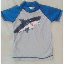Camiseta para piscina Carters com estampa de tubarao - 18 meses - Carter`s
