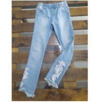 Calça jeans com strech e bordado em renda Infanti