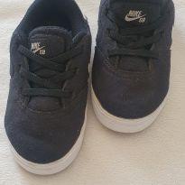 Tênis Nike tamanho 9C tamanho 25 no Brasil - 25 - Nike