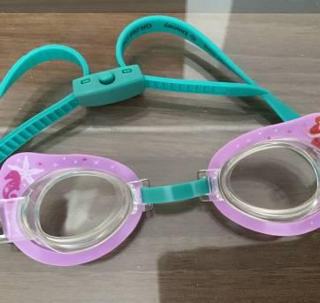 Óculos de natacao da Princesa Ariel - Sem faixa etaria - Disney