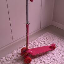 Patinete Skatenet - Max Pink - LED - -  - Bandeirante
