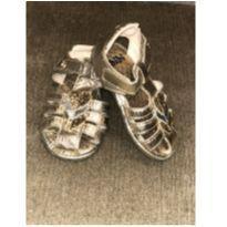 Sandália dourada da Liu - 18 - Bibi