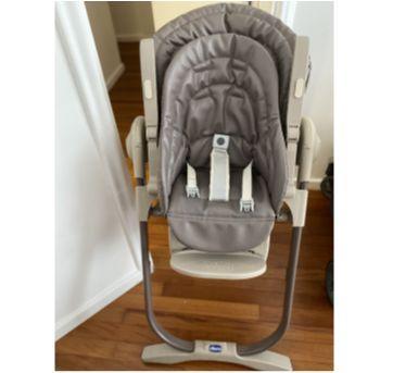 Cadeira de Alimentação Chicco Polly 2 em 1 Magic Truffles - Sem faixa etaria - Chicco