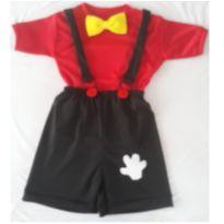 Fantasia Mickey - tamanho 06 - 6 anos - Sem marca