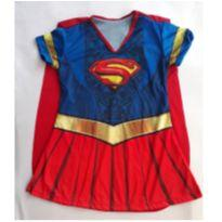 Fantasia Supergirl - tamanho 04 - 4 anos - Sem marca