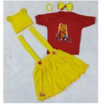 Fantasia ursinho Pooh menina - infantil - tamanho 1 - 1 ano - Sem marca