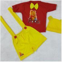 Fantasia ursinho Pooh infantil - tamanho 4 - 3 anos - Sem marca