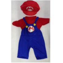 Fantasia Super Mario Bros com boina  infantil - tamanho 04 - 4 anos - Sem marca