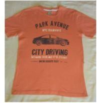 Camiseta laranja com automóvel - 13 anos - Hering Kids