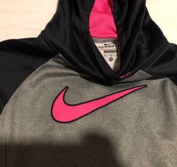 casaco nike  novo - 10 anos - Nike