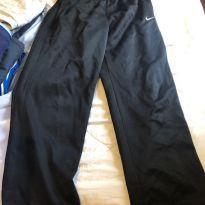 calça dryfit nike forrada preta - 10 anos - Nike