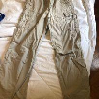 calça cargo bege oshkosh - 12 anos - OshKosh