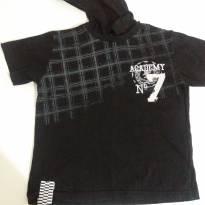 Camisa preta com capuz e detalhes - 6 anos - Palomino