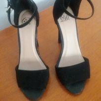 Sandália preta camurça - 36 - Não informada