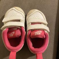 Tênis Nike Pico seminovo TAM.20