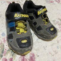 Tênis Batman 26 comprado nos EUA - 26 - Batman