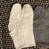 2 pares de meias em ótimo estado - 4 anos - Primark