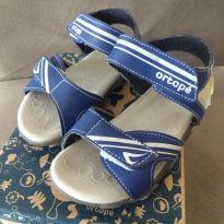 Sandália com luzinhas - 24 - Ortopé