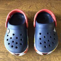 Crocs mickey tamanho 6 - 21 - Crocs