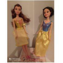 Boneca Bella e branca de neve -  - Mattel