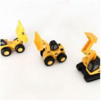 3 Mini Caminhões CAT -  - CAT - Caterpillar