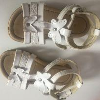Sandália branca - 21 - Baby Club