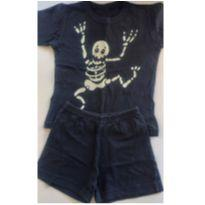 Pijama caveira que ilumina no escuro 4/5 anos - 4 anos - Não informada