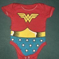 Body mulher maravilha - 3 meses - DC Comics