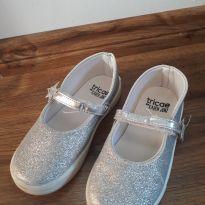 Sapatilha glitter prata - 27 - Tricae