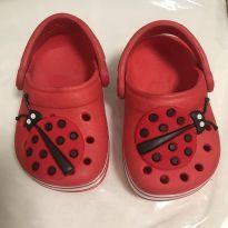 Sapato estilo Crocs Vermelho Joaninha TAM19 - 19 - Não informada