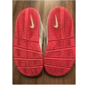 Tenis Nike branco TAM25 - 25 - Nike