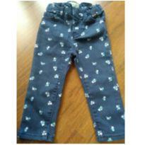 Calça jeans Gap flor - 12 a 18 meses - Baby Gap